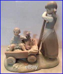 1974 Lladro Figurine Girl & Dog with Wheelbarrow #1245 Matte Finish Wagon MINT