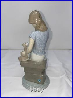 8 Lladro Picture Perfect Girl Seated With Dog Figurine 1990 Collectors Society