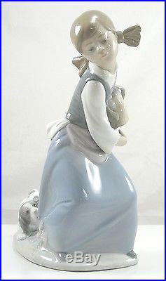 Authentic Lladro Porcelain Figurine Naughty Dog 01014982 With Box Girl and Dog