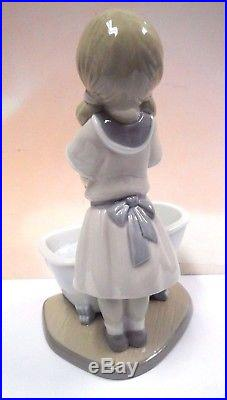 Bathing My Puppies Girl Dogs In Bath Figurine 2017 By Lladro Porcelain 9280