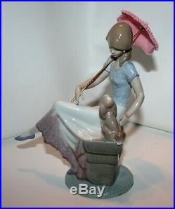 Beautiful LLADRO 7612 Picture Perfect Retired Girl Lady Dog Puppy Parasol