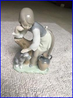 Beautiful Rare Lladro Milkmaid With Dog In Amazing Condition