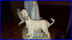 Elegant Promenade Woman With Dogs On Leash Figurine By Lladro #5802