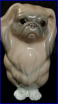 Early unmarked Pre-1960 Lladro Pekingese Dog Figurine