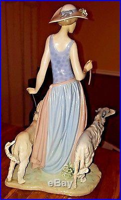 Elegant Promenade Woman With Dogs On Leash Figurine By Lladro #5802