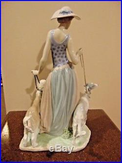 Elegant Promenade Woman With Dogs On Leash Figurine By Lladro 5802