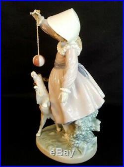 Fine Lladro Teasing The Dog Girl & Ball #5078 Salvador Furio Designer Figurine