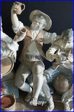 Huge Lladro Figurine 4956 Happy Tavern Drinkers + Vagabond Dog 4901