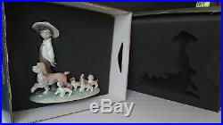 LITTLE EXPLORERS BOY WITH PUPPY DOGS LLADRO PORCELAIN 6828 USED WithBOX