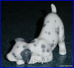 LLADRO #1261 DALMATIAN DOG RETIRED PORCELAIN FIGURINE Cute Collectible Gift