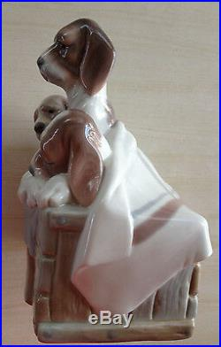 LLADRO 4 Beagle Puppies Dogs in a Basket Mint Condition