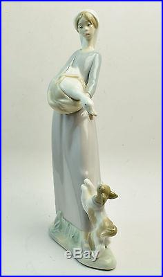 LLADRO 4866 Girl with Duck and Dog Retired Collectible Figurine MINT