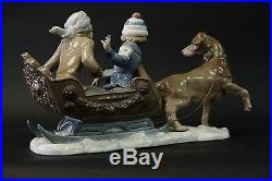 LLADRO 5037-RETIRED-FIGURINE-SLEIGH with CHILDREN and SLED-DOG