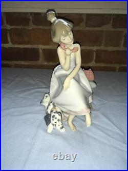 LLADRO #5466 Chit Chat Girl On Phone With Dog By Her Side