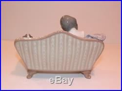 LLADRO #5735 BIG SISTER Girls with Dog on Couch Porcelain Figurine MINT