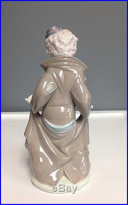 LLADRO 5901 Clown w Surprise Puppy Dogs Figurine Collectible Glossy 9.5