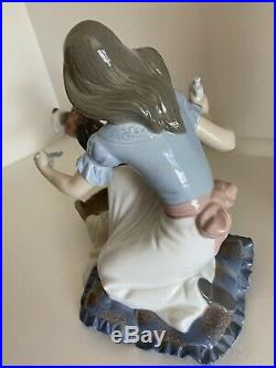 LLADRO 5921 Take your Medicine Mint Condition Girl With Dog