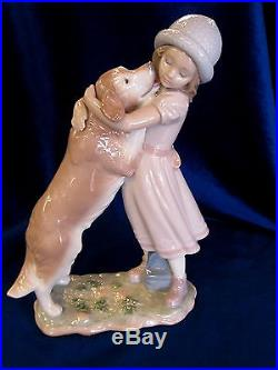 Lladro #6903 A Warm Welcome Brand New In Box Hat Girl Hugging Dog Free Shipping