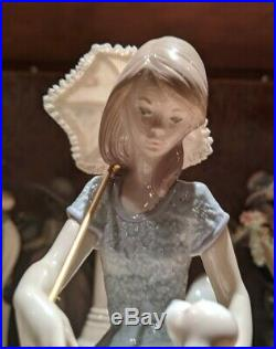 LLADRO #7612 PICTURE PERFECT 1989 LADY SITTING WITH A DOG AND PARASOL Mint