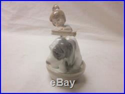 LLADRO BASHFUL BATHER GIRL WITH DOG #5455 Retired