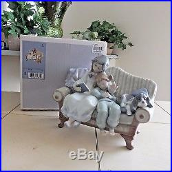 LLADRO BIG SISTER # 5735 GIRLS & DOG COUCH MINT CONDITION withBOX FAST SHIPPING