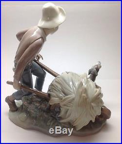 LLADRO Boy With Wheelbarrow And Dog