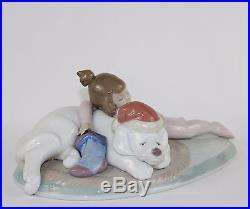 LLADRO CHRISTMAS BUDDIES #6673 FIGURINE GIRL SLEEPING WITH DOG MINT WithBOX