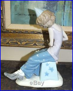 LLADRO Clown With Saxophone and Dog #5059