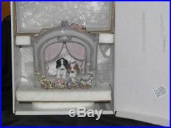 LLADRO Dogs at window MINT IN ORIGINAL BOX, RARE RETAIL$1299
