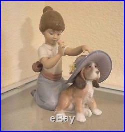 Lladro Figurine Elegant Touch Girl With Dog Figurine By Lladro #6862 Mint