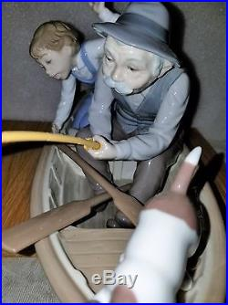 Lladro Fishing With Gramps #5215 Boy Grandfather Dog Boat Mint In Box