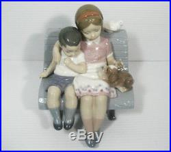 LLADRO Figurine #6446 SURROUNDED BY LOVE Boy & Girl, Dog, Bird Sitting on Bench