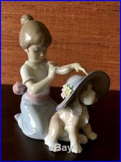 LLADRO Figurine, F61 UJ, #6862, ELEGANT GIRL WITH DOG, Hand Made In Spain