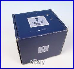 LLADRO Figurine IT WASN'T ME with BASE #7672 BOX MINT Dog Collectors Society