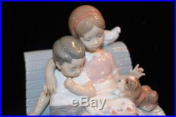 LLADRO GIRL & BOY WITH DOG ON CURVED BENCH WITH PIGEON Surrounded By Love
