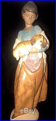 LLADRO Gres #2363 17 PAMPERED PUPPY Girl WithDog -MINT Stoneware