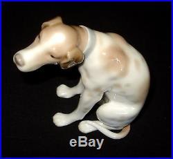 Lladro Moping Dog Rare Porcelain Figurine # 4902 Retired 1979 Spain Mint