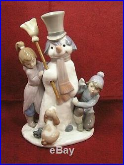 LLADRO NO. 5713 FIGURINE THE SNOWMAN With BOY, GIRL & DOG PERFECT CONDITION