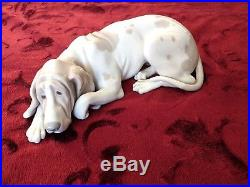 LLADRO Old Hound Dog #1067 Hand Made in Spain RETIRED