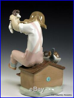 LLADRO PICK OF LITTER #7621 LITTLE GIRL With DOG PICKING FAVORITE PUPPY MIB