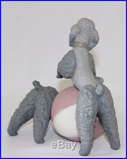 Lladro Playful Dogs (red) #1258 Figure Poodles With Ball Matte Perfect