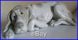 Lladro Porcelain Dog Figure- Old Dog 1067- Retired- Spain
