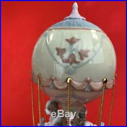 LLADRO Porcelain Figurine Puppies in Hot Air Balloon 4 Dogs 23 x 10cm Cute gift