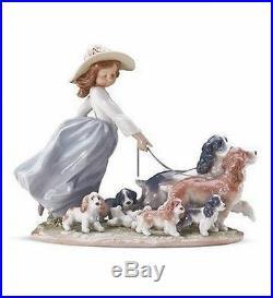 LLADRO Porcelain PUPPY PARADE (01006784)