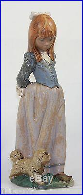 Lladro Rosita #2085 Figurine Girl With Puppy Dog & Rose Gres Perfect