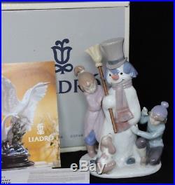 LLADRO SPAIN FIGURINE #5713 THE SNOWMAN With BOX Snowman Girl Boy & Dog