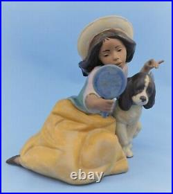 LLADRO SPAIN GRES FIGURINE #5468 WHO'S FAIREST GIRL With DOG