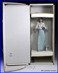 LLADRO SUNDAY'S BEST #6246 LADY IN GOWN With DOG, PARASOL, FLOWERS $430 V MIB