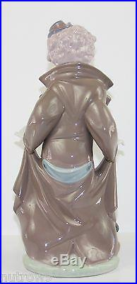 LLADRO SURPRISE #5901 FIGURINE CLOWN WITH DOG/ PUPPIES MINT WithBOX