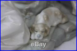 LLADRO Spain Romantic Group Couple w Grapes & Dog 4662 Porcelain Figurine NR LGM